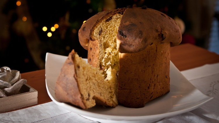 Christmas in Italy - panettone